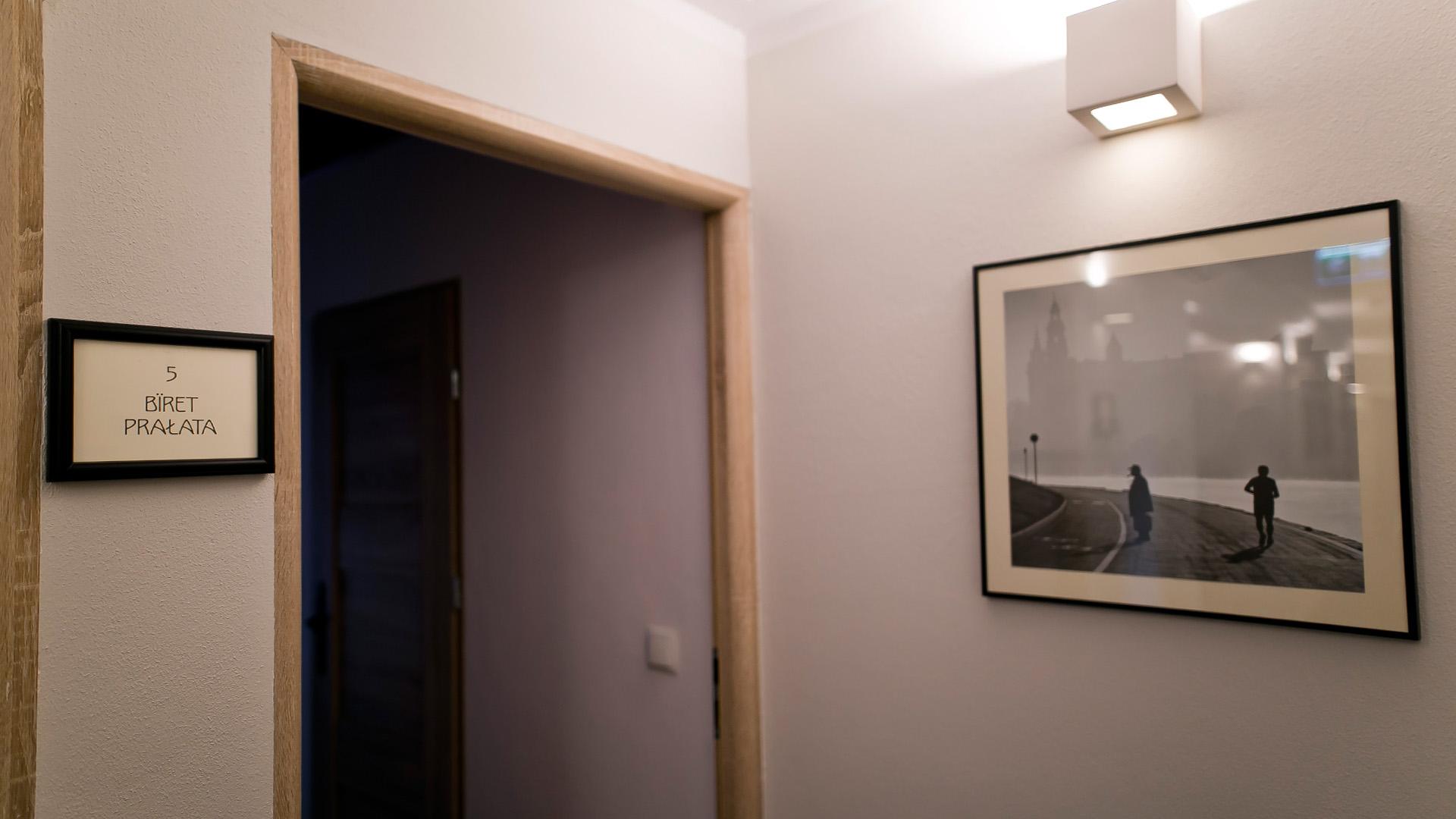 Wnętrze pokoju Biret Prałata